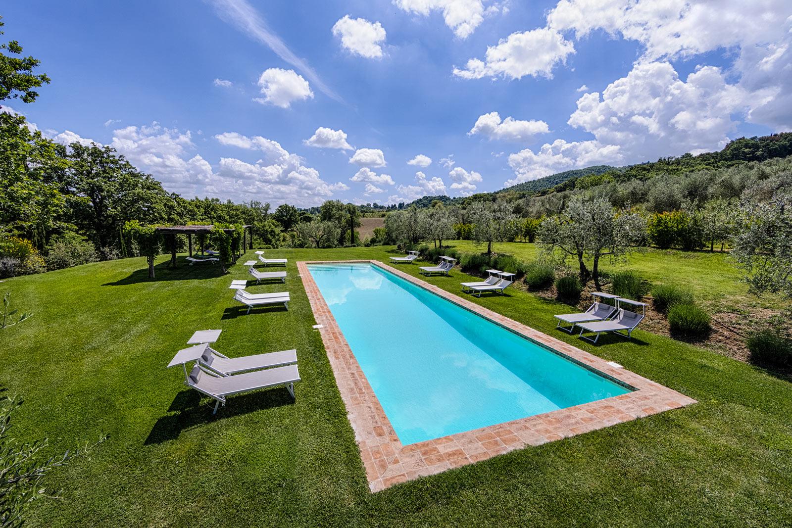 Agriturismo di lusso con piscina casa fabbrini val d 39 orcia agriturismo toscana - Agriturismo con piscina toscana ...